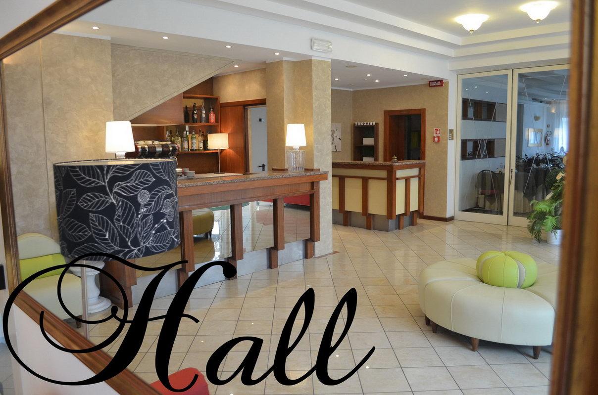 foto hotel europa milano marittima
